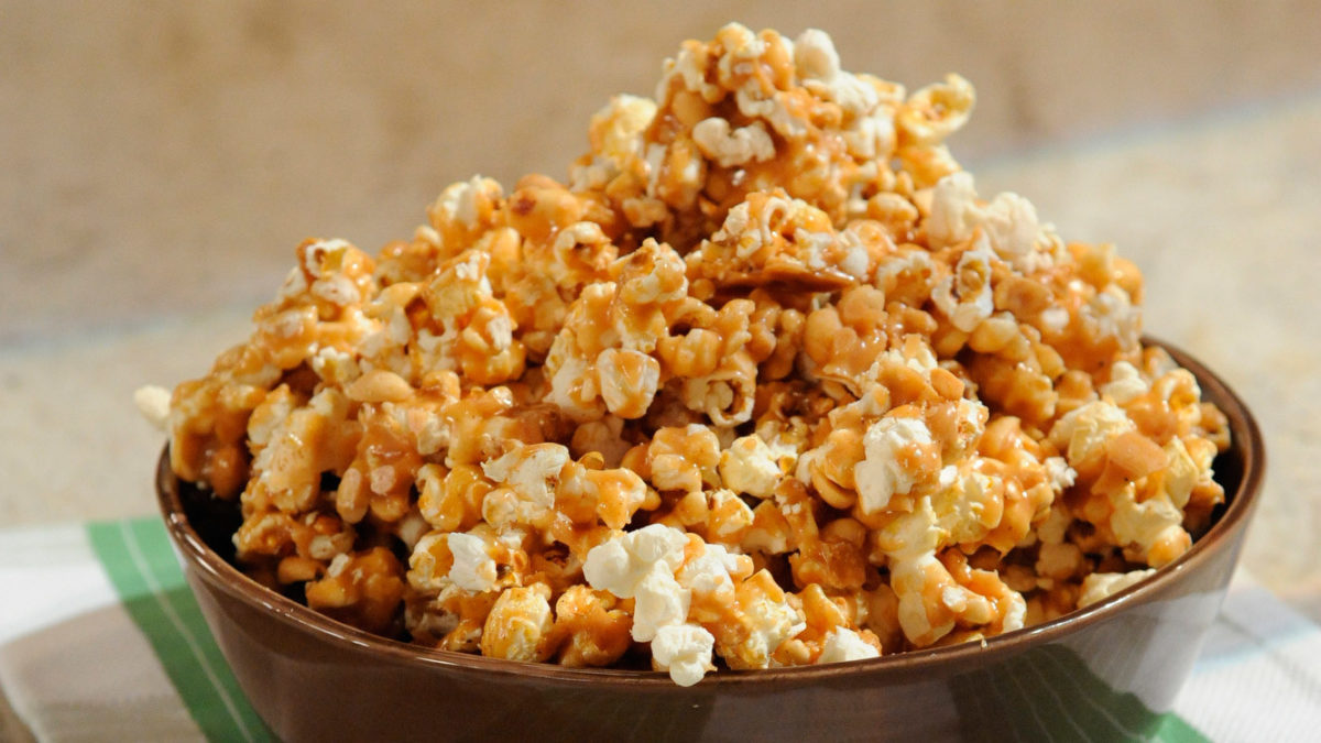 cara membuat popcorn pedas