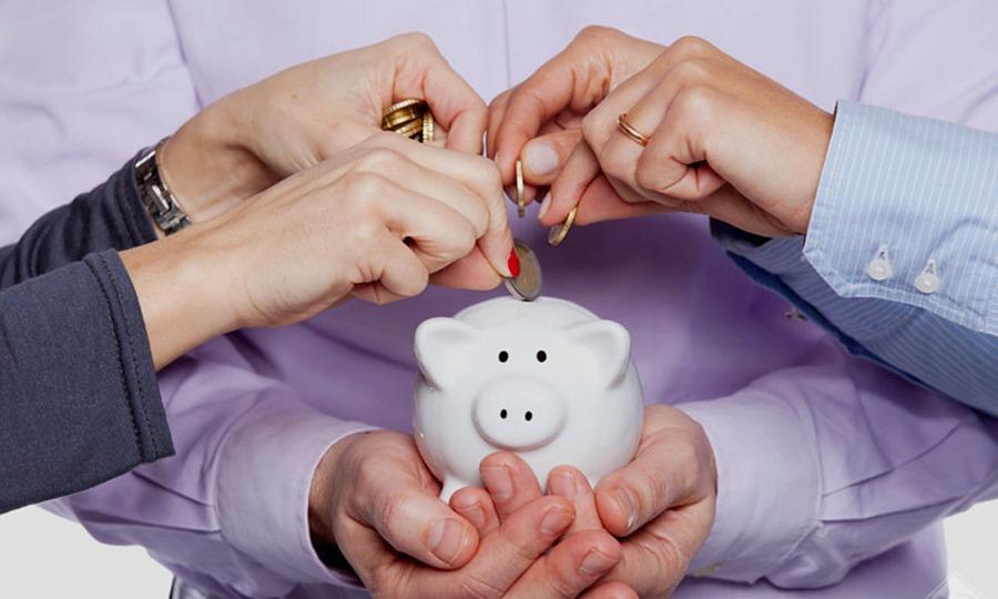 tips-menabung-di-rumah